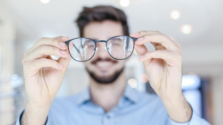 Será que preciso usar óculos?